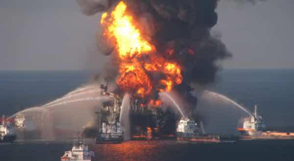 Plataforma de Petroleo Piper Alpha entre os acidentes mais caros da historia