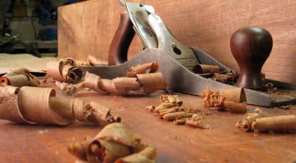 trabalhar com madeira entre as alergias mais  estranhas