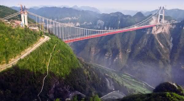 Ponte Aizhai entre as pontes mais altas do mundo