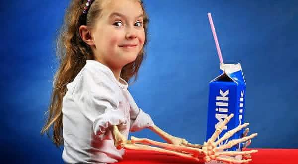 leite e bom para os ossos entre os mitos derrubados pela ciencia