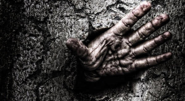 Mr Cornish  entre os casos mais terriveis de pessoas enterradas vivas