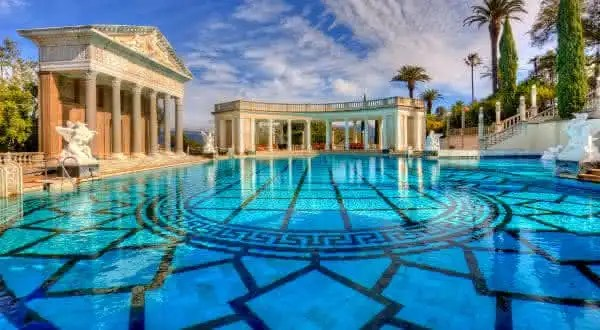 Hearst Castle entre as piscinas mais caras do mundo