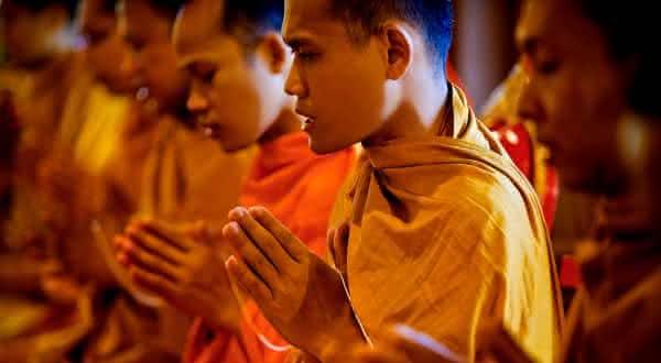 reencarnacao budismo entre as estranhas proibicoes ao redor do mundo