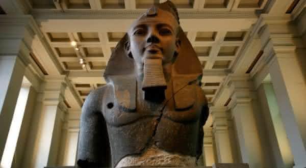 Ramses II entre pais com maior numero de filhos na historia