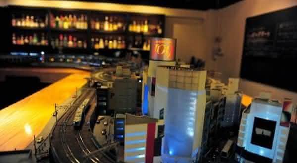 Ginza Panoram entre os bares mais bizarros do mundo