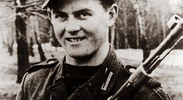 Matthaus Hetzenauer  entre os snipers mais mortais da história