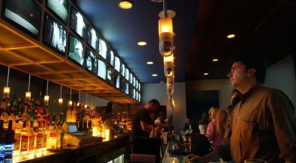 The CCTV Voyeur Bar entre os bares mais bizarros do mundo