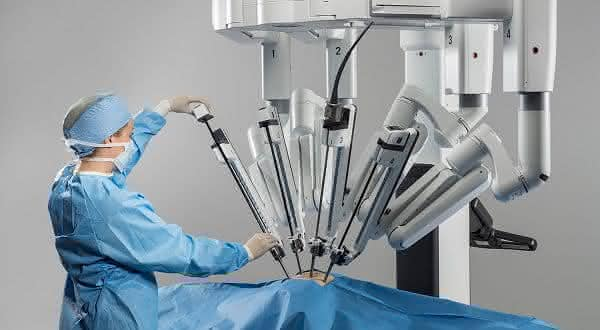 Intuitive Surgical  entre as acoes mais caras do mundo