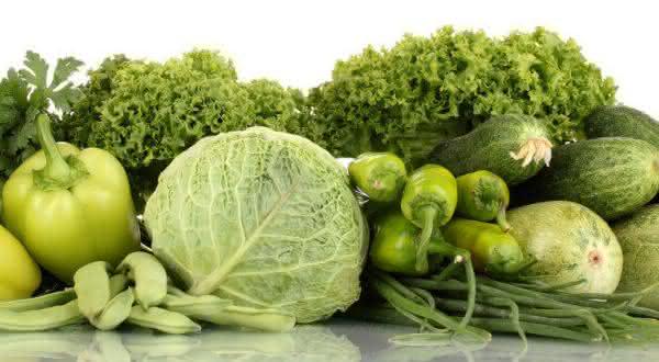 Vegetais Verdes alimentos que contribuem para a perda da gordura na barriga