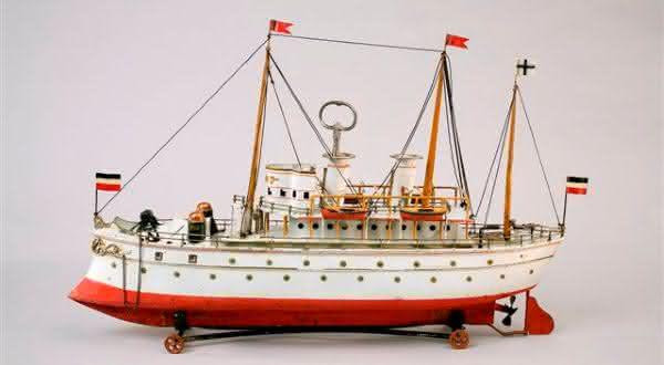 HMS Terrible Toy Battleship entre os brinquedos mais caros do mundo
