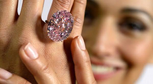 Pink Star Diamond entre os aneis mais caros ja feitos