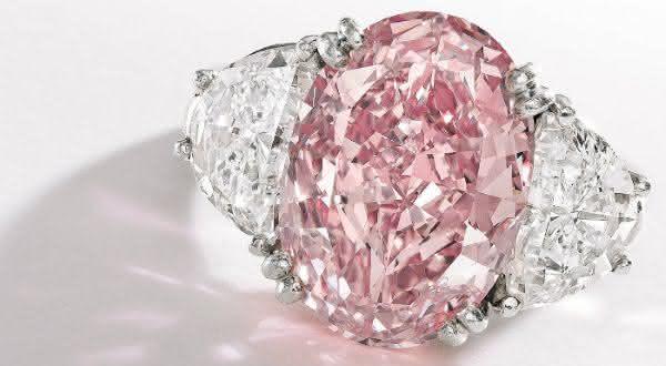The Graff Pink entre os aneis mais caros ja feitos