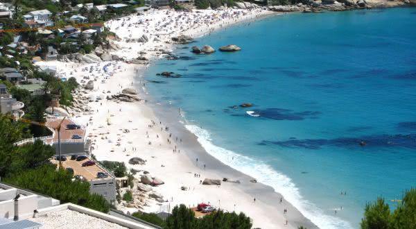 Clifton Beach  entre as praias urbanas mais bonitas do mundo