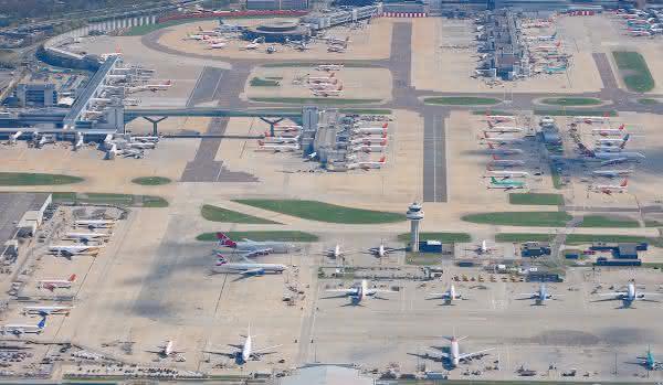 reino unido entre os paises com mais aeroportos do mundo