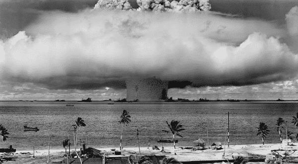 bomba de neutron entre as armas de destruição em massa mais perigosas
