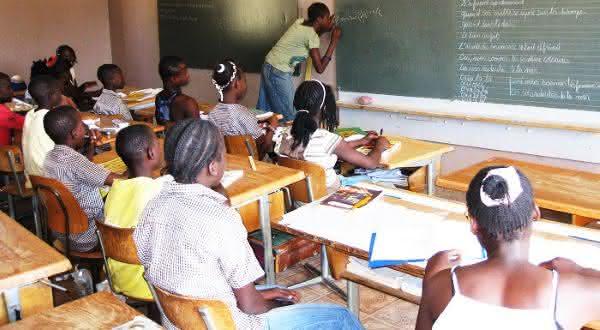 Burkina Faso entre os paises com maior taxa de analfabetismo