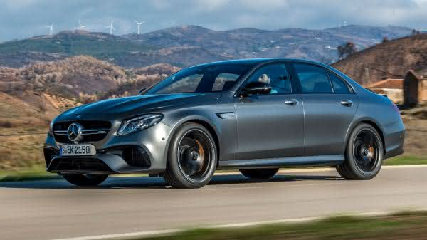Mercedes E63S 4Matic entre os sedan 4 portas mais rapidos do mercado