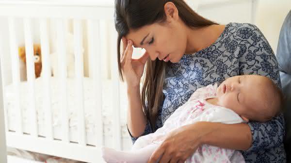 descansar entre os erros comuns que novos pais cometem