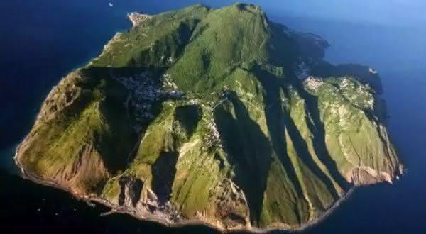 Saba 2 entre as melhores ilhas do mundo