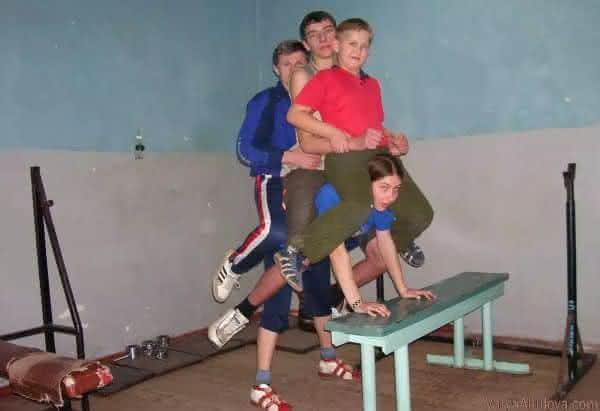 Varya Akulova entre as crianças mais fortes do mundo