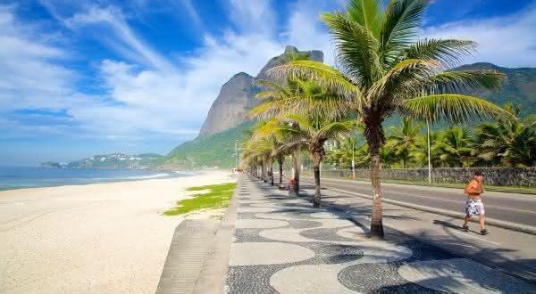praia de sao conrado entre as melhores praias do rio de janeiro