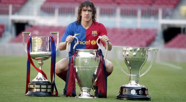 Carles Puyol entre os maiores jogadores do Barcelona de todos os tempos