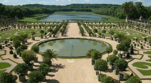 Gardens at Versailles Palace entre os jardins mais bonitos do mundo