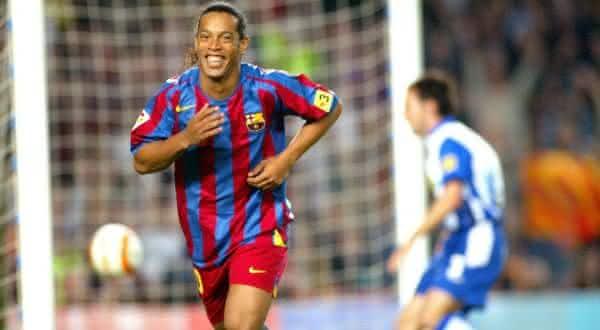 Ronaldinho entre os melhores dribladores da historia do futebol