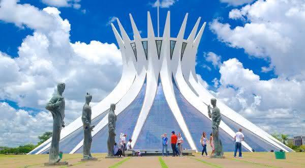 catedral metropolitana de brasilia entre as coisas para ver e fazer em Brasilia