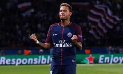 neymar com um dos maiores salarios do futebol mundial