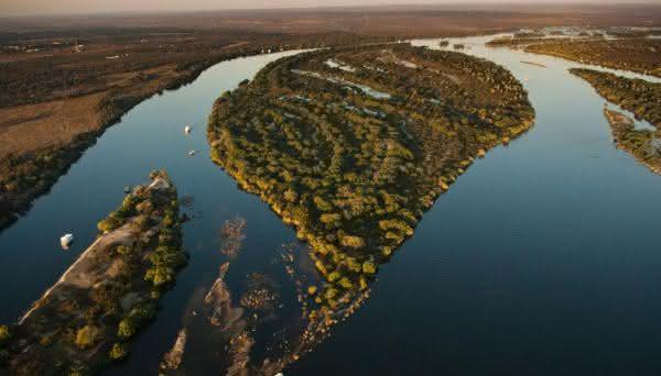 Rio Zambeze entre os rios mais profundos do mundo
