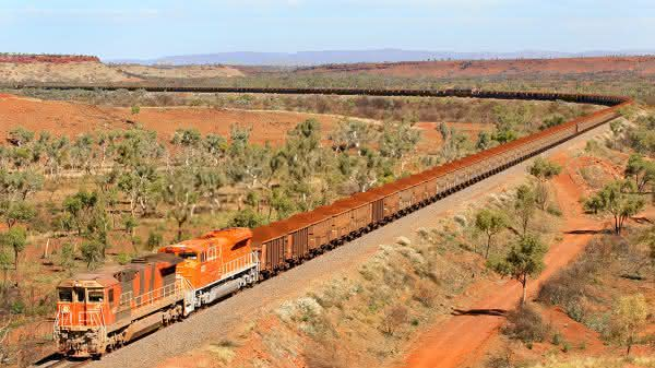 BHP Billiton Iron Ore Train entre os trens mais longos do mundo