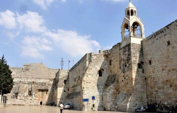 Basilica da Natividade entre as igrejas mais famosas do mundo