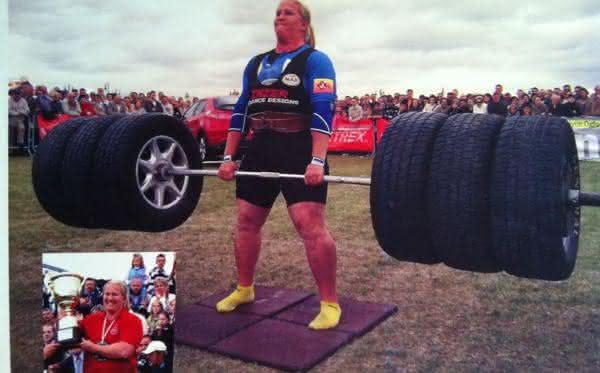 Kristin Rhodes entre as mulheres mais fortes do mundo