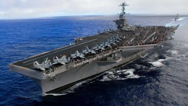 Nimitz Class Carriers entre as maiores embarcacoes do mundo