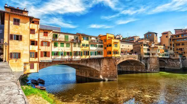 Ponte Vecchio entre as pontes mais famosas do mundo