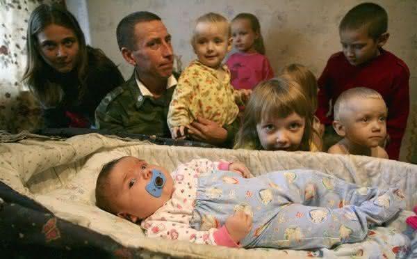Nadia entre os maiores bebes recem-nascidos do mundo