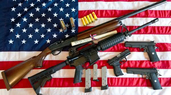 lei das armas entre as razoes pelas quais os Estados Unidos tem tantos tiroteios em massa