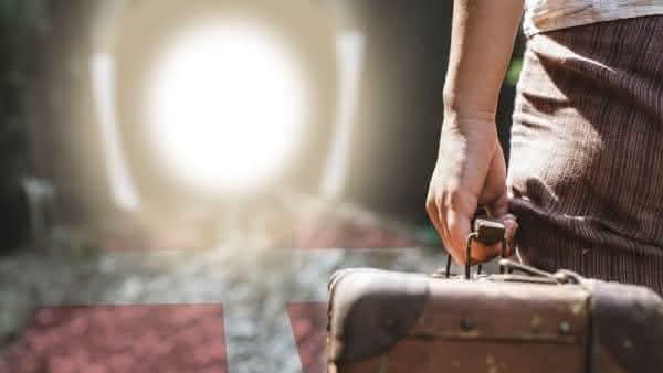 turismo do suicidio entre os estranhos tipos de turismo