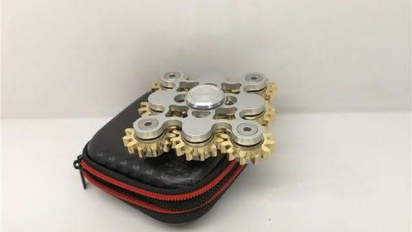 9 Gear Fidget Spinner entre os spinners mais caros do mundo