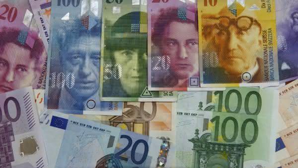 franco suico entre as moedas mais usadas no mundo