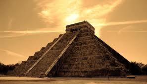 Templo de Kukulkán Lugares para Visitar en Chichén Itzá