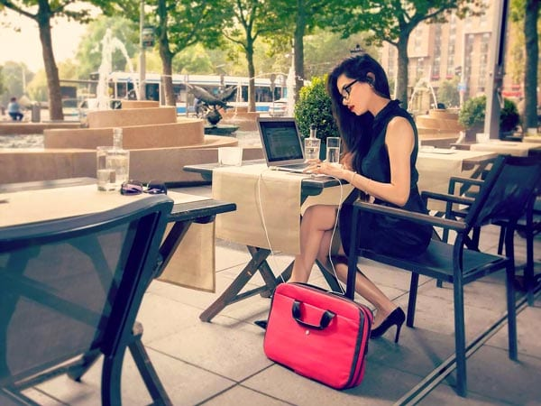 women-Laptop-Bags