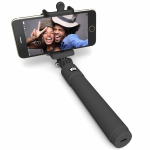 3. Perfectday Foldable Extendable Bluetooth Selfie Stick