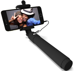 7. Selfie Stick, PerfectDay QuickSnap