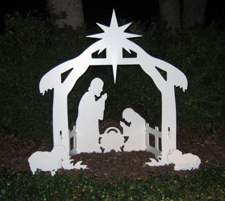 9.Teak Isle Christmas Outdoor Nativity Set