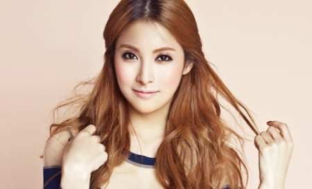 4.Top 10 Sexiest and Hottest Kpop Stars