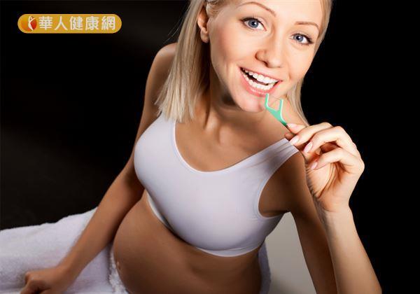 孕吐導致刷牙不適?牙齒不潔釀牙周病恐早產 | 華人健康網