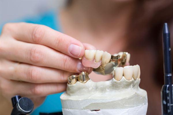平面報導 - 晶晶牙醫診所