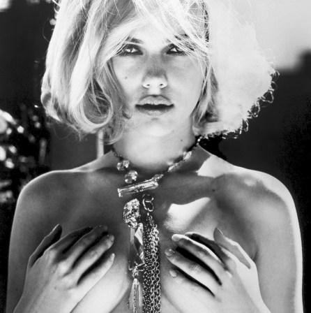#2 Scarlett Johansson Pic!